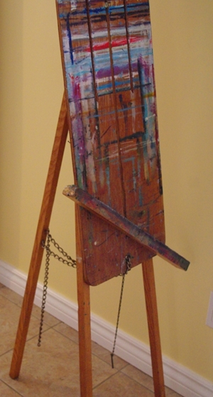 The wobbly old easel as it is now.