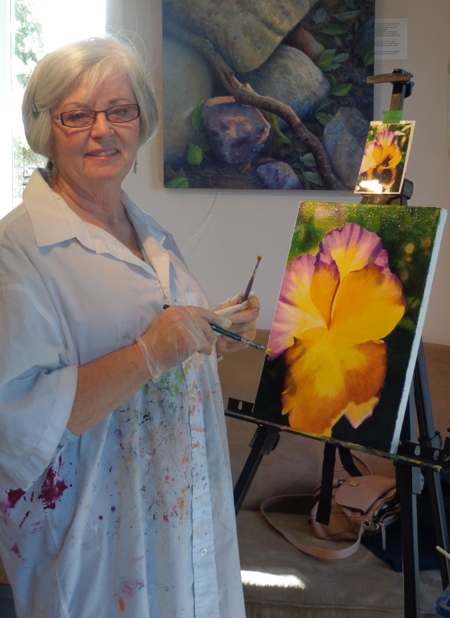 Nancy is an experienced painter and teaches watercolor classes.